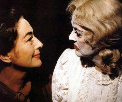 """Bette Davis e Joan Crawford in """"Che fine ha fatto Baby Jane?"""", 1962"""