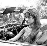 Brigitte Bardot a Cannes, negli anni '50
