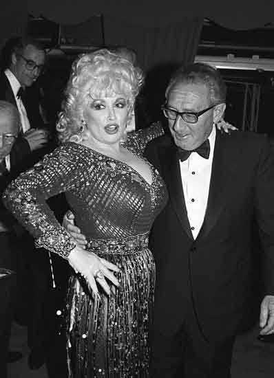 Dolly Parton e Henry Kissinger