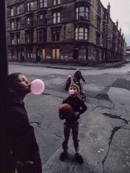 Domenica a Glasgow, Scozia, 1980. Fotografia di Raymond Depardon