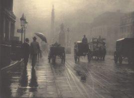 Fotografia atmosferica di Waterloo Place, Londra nel 1899. Fotografia di Leonard Misonne