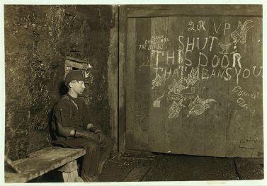 Fotografia di lavoro minorile in USA. Fotografia di Lewis Hine