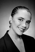 Il primo servizio fotografico di Victoria Adams (Beckham) by Geoff Marchant 1992