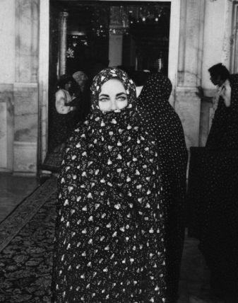 Liz Taylor in Iran, 1976