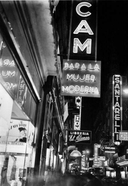Buenos Aires, Argentina negli anni '30. Fotografia di Horacio Coppola