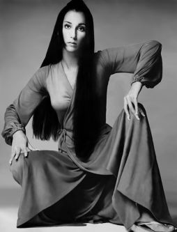Cher per Vogue, novembre 1969. Fotografia di Richard Avedon