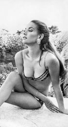 Claudine Auger come Domino in Thunderball, 1960-1965