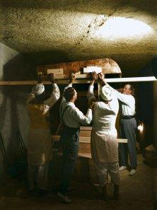 La scoperta della tomba di Tutankhamon nel 1922 (a colori)