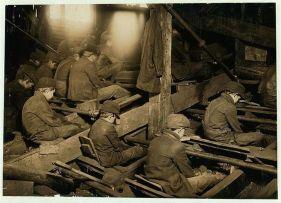 Lavoro minorile negli Stati Uniti. Fotografia di Lewis Hine