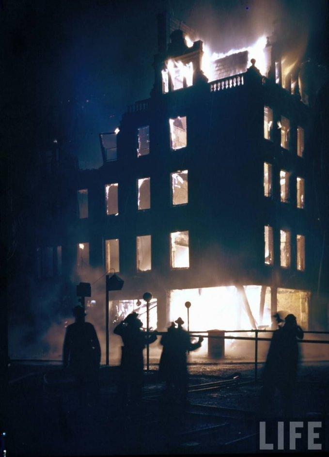 Londra durante il Blitz a colori, 1940