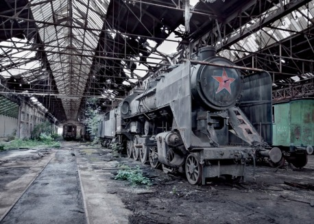 Architettura sovietica abbandonata fotografata da Rebecca Litchfield