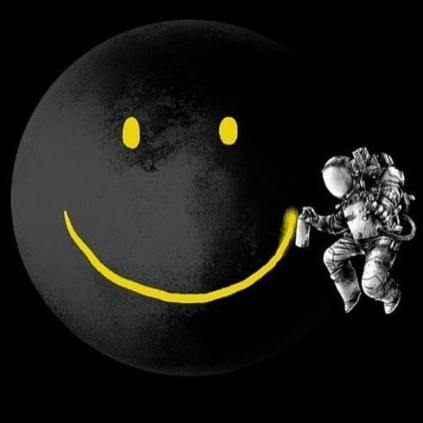 Astronauta smile luna