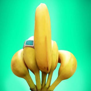 Banana dito medio