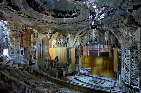 Detroit in rovina - United Artists Theater