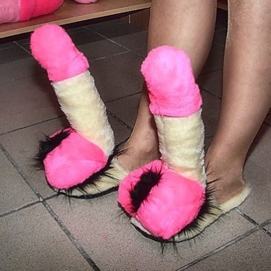 Pantofole falliche