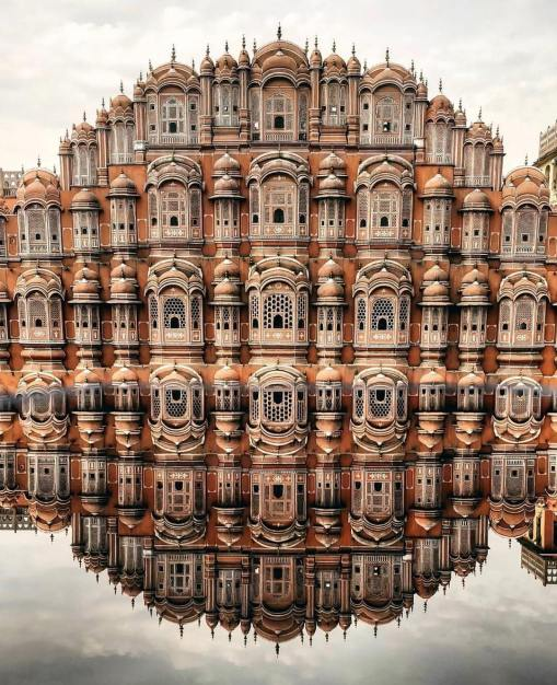 Hawa Mahal (Palace of Winds) 1799. Photography by Zaid Salman