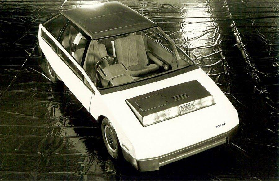 Auto futurista degli anni 1970-80