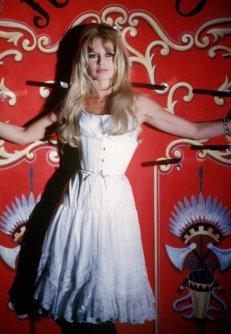 """Brigitte Bardot sul set di """"Viva Maria!"""", 1965"""