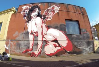 """David Diavù Vecchiato, """"Shedevil (la Diavolessa di Matera)"""". Mural, Mercato Piccianello Matera - 2016 (foto di Michele Fasano)"""