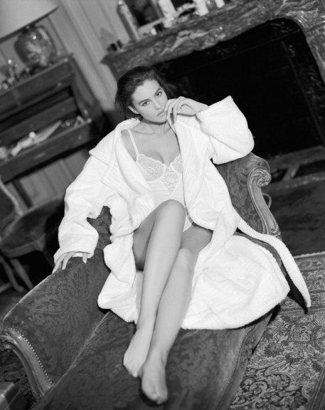 Monica Bellucci nel 1990