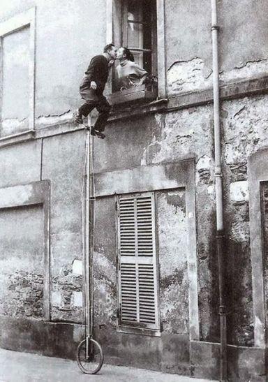 Monociclo per baci da finestre , ca. 1950