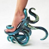 Scarpa polpo tentacolato