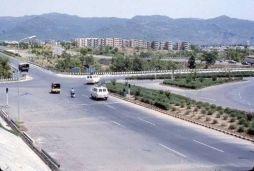 Zero Point Islamabad, anni 70