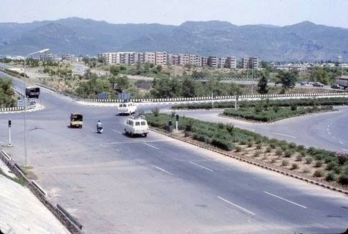 Zero Point Islamabad, anni 70
