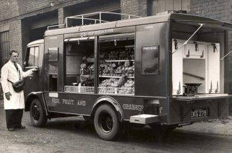 Negozio ambulante a Cardiff, negli anni '30