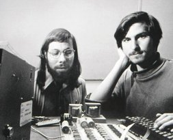 Steve Wozniak e Steve Jobs, 1976