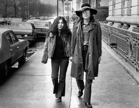 Yoko Ono & John Lennon, New York City, 1973. Foto di Bob Gruen
