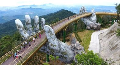 Golden Bridge in Da Nang - Vietnam