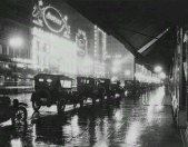 Notte piovosa a Los Angeles, 1920