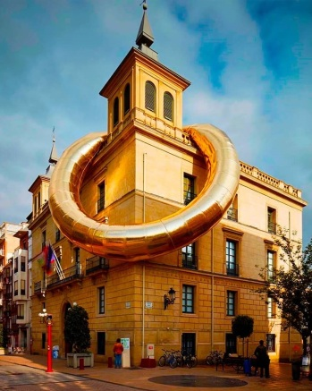 RING de LUXE by Plastique Fantastique in Logroño, Spain