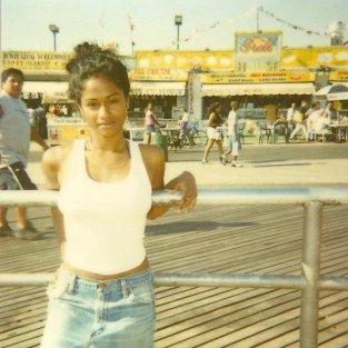 Un'adolescente Nicki Minaj, 1999