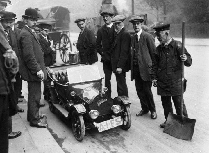 Una miniatura, completamente funzionale replica di una Cadillac, fatta per la famiglia reale britannica del Siam, 1913