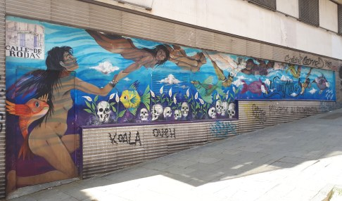 Street art a Madrid @ Calle de Embajadores - ni una meno