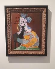 Museo Reina Sofia - Collezione permanente - Mujer sentada acodada (1939) di Pablo Picasso
