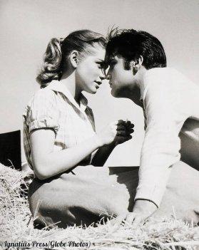 Dolores Hart ed Elvis Presley, 1957