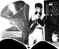John Lennon e suo figlio Julian Lennon