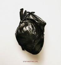 #StopTrashPlant - Non sprecare la vita, diventa un donatore di organi Gli organi ricreati in questo annuncio pubblicitario hanno lo scopo di diffondere la sensibilizzazione sulla donazione d'organi. Di FATH (Fondazione argentina per trapianti di fegato) e DDB Argentina