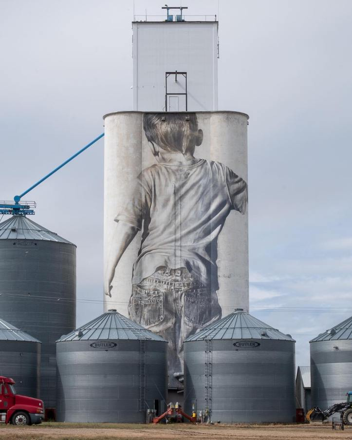Guido van Helten @Faulkton, South Dakota, USA. Photo by Guido van Helten