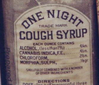 One Night Cough Syrup con alcuni ingredienti straordinari, prodotto a Baltimora nel 1888