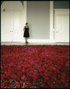 Anya Gallaccio, photographed with Red on Green at the ICA, July 1992. Photography by Edward Woodman