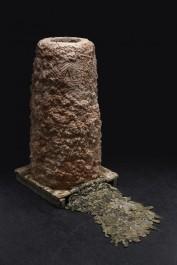 Autarchia, bronzo, argilla refrattaria e legno, 155x81x81cm, 2016 high by Aron Demetz @ MANN, Napoli