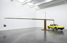 Chris Burden – Porsche with Meteorite, 2013, restored 1974 Porsche 914, 390 pound meteorite, steel structure installation, New Museum, New York City, USA, 2013 Photo: Benoit Pailley, New Museum