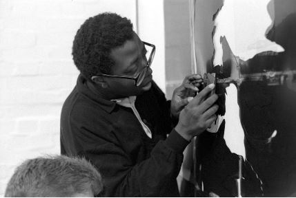 Donald Rodney, at Chisenhale Gallery Workshop, 1989 - © Edward Woodman. All rights reserved, DACS-Artimage 2018. Photo Edward Woodman