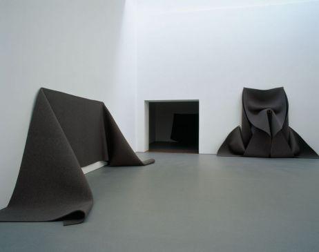 Installation view of Robert Morris