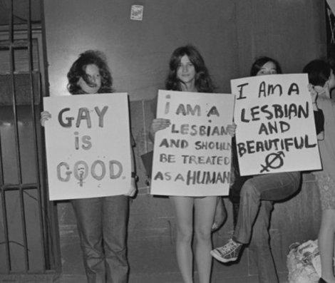 LGBT, 1971