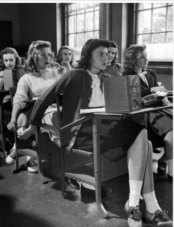 Scuola, 1944